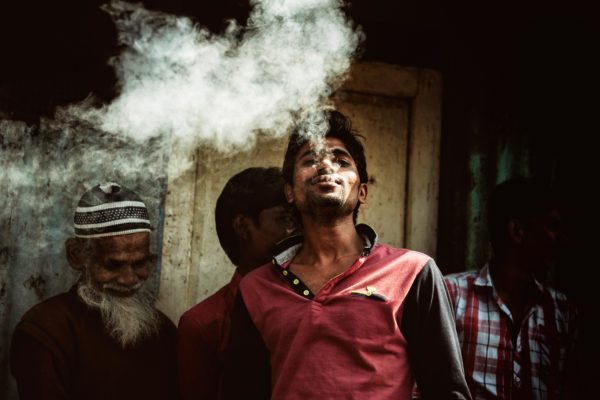 """Katarzyna Dzieszko - """"Niesamowite Indie - palący mężczyzna"""""""